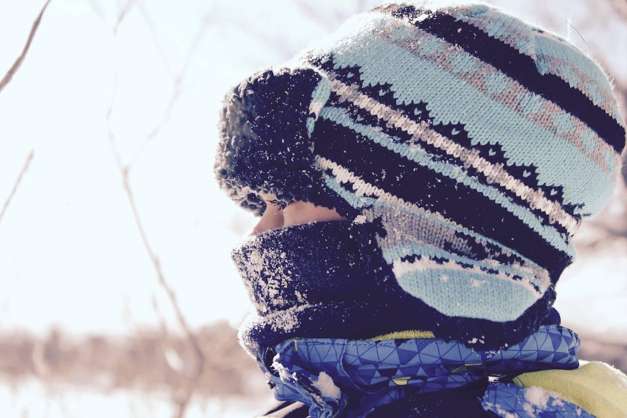 enfant_station_ski_familiale