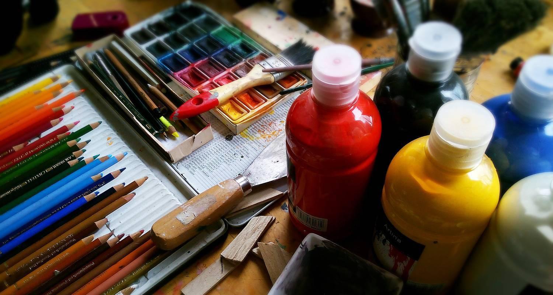 Matériel de peinture et de dessin