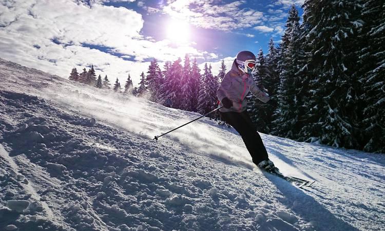 Découvrir Vacances d'hiver en famille dans une station de ski familiale