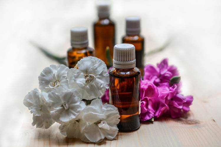 Aromathérapie : huiles essentielles