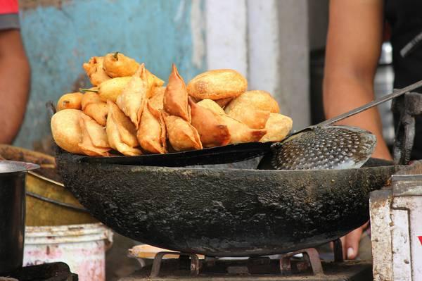 samosas tasting in India