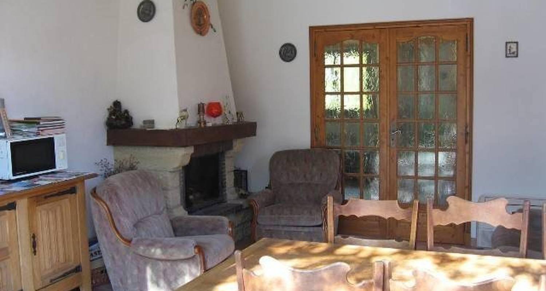 Chambre d'hôtes: chambres d'hotes les lys à berre-les-alpes (99218)