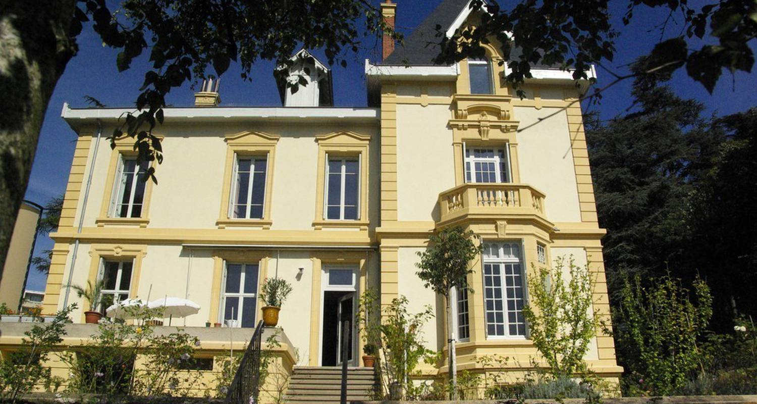 Bed & breakfast: villa roassieux in saint-étienne (99267)