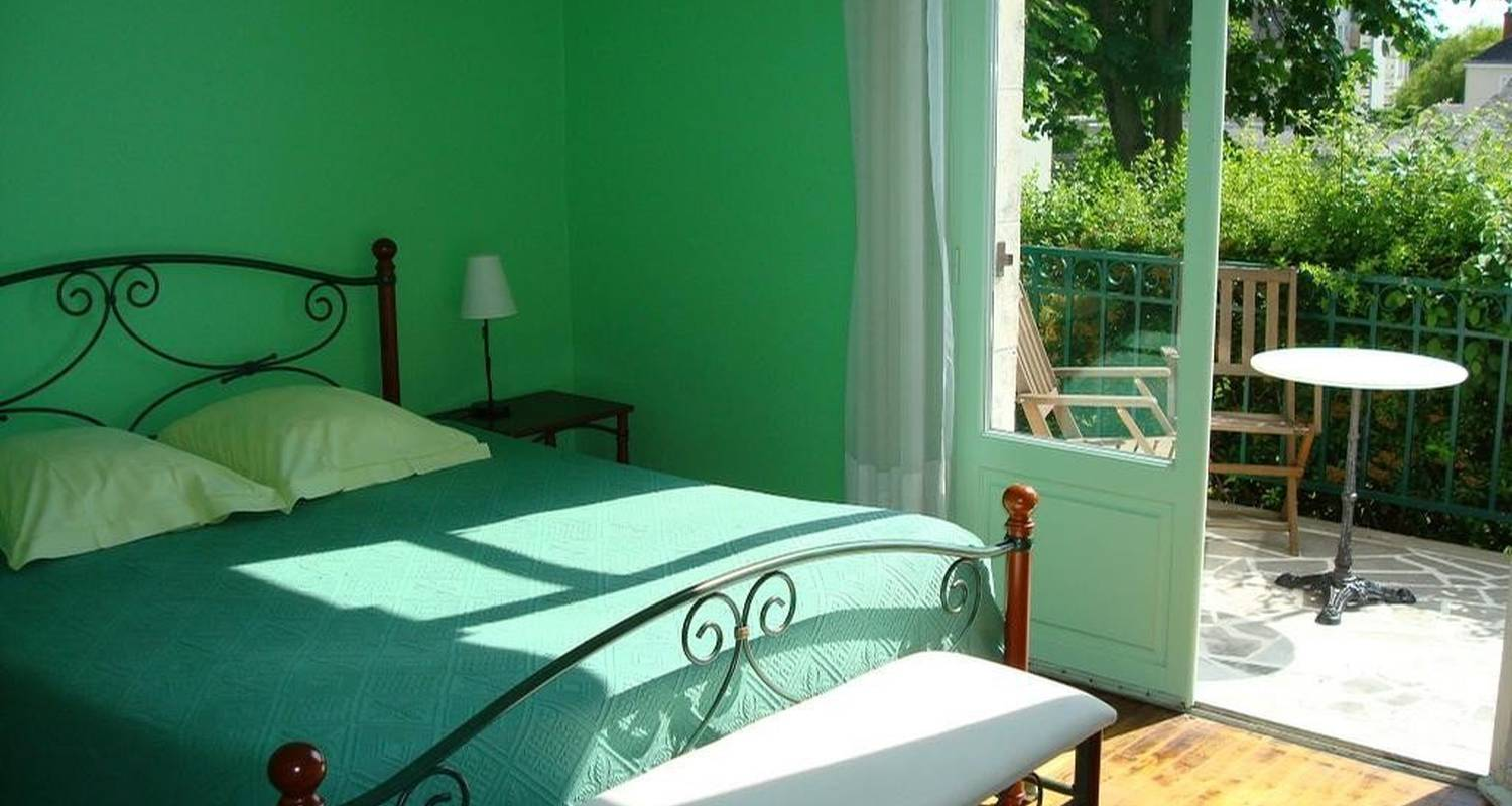 Bed & breakfast: le lamartine in saumur (99391)