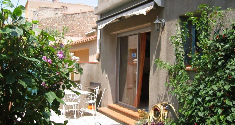 Logement meublé: maison-jardin perpignan à14km à corneilla-la-rivière (99422)