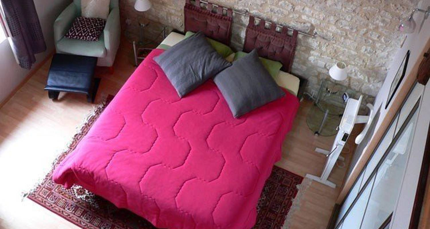 Bed & breakfast: la menuiserie-chambre d'hôtes in chablis (99683)