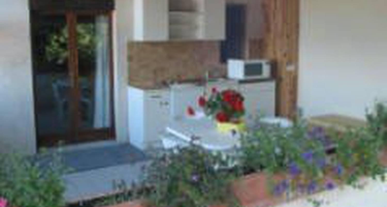 Habitación de huéspedes: la borie blanche en roquevidal (99764)