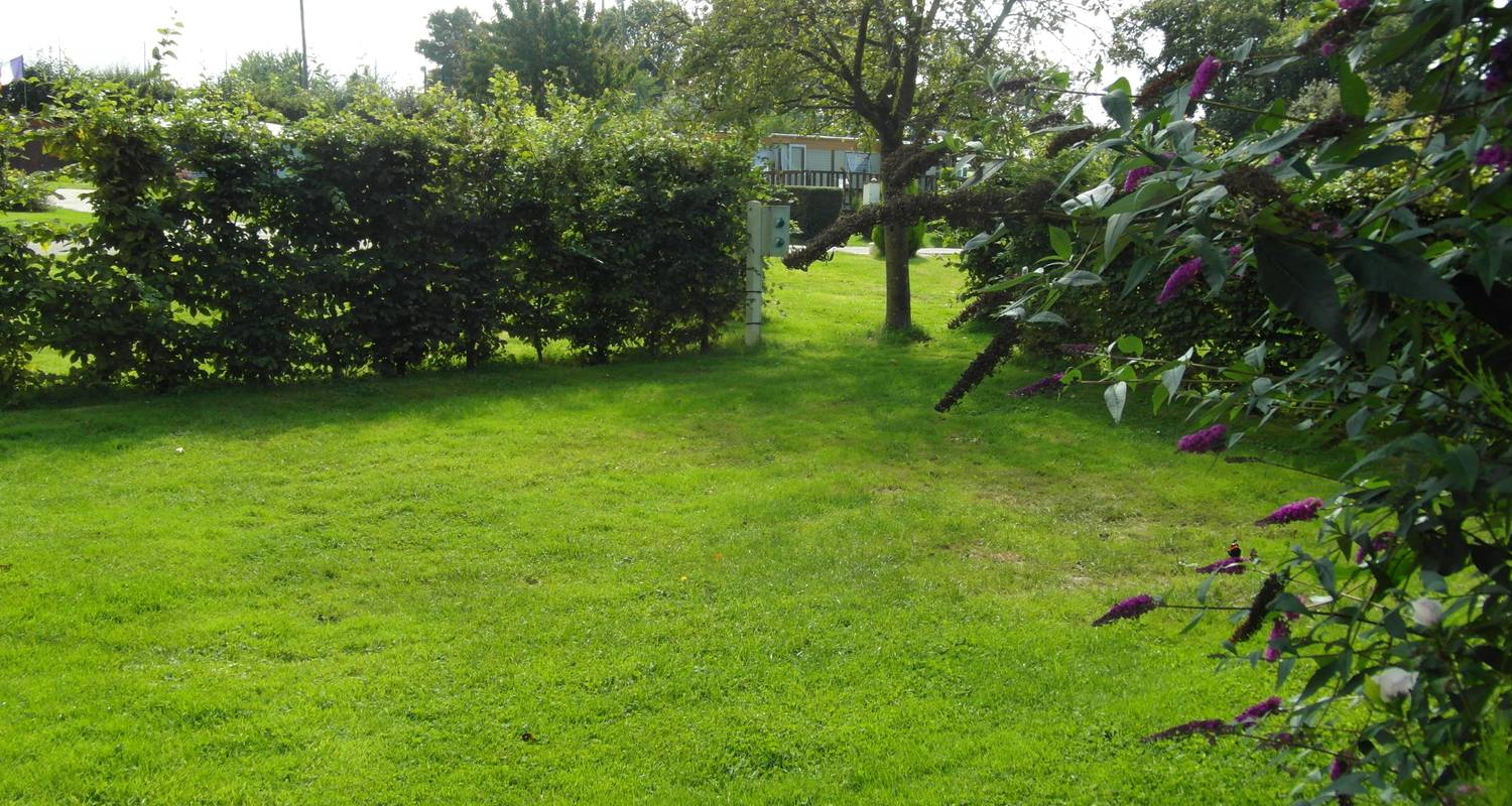 Camping pitches:  les garennes de la mer in le bourg-dun (99777)
