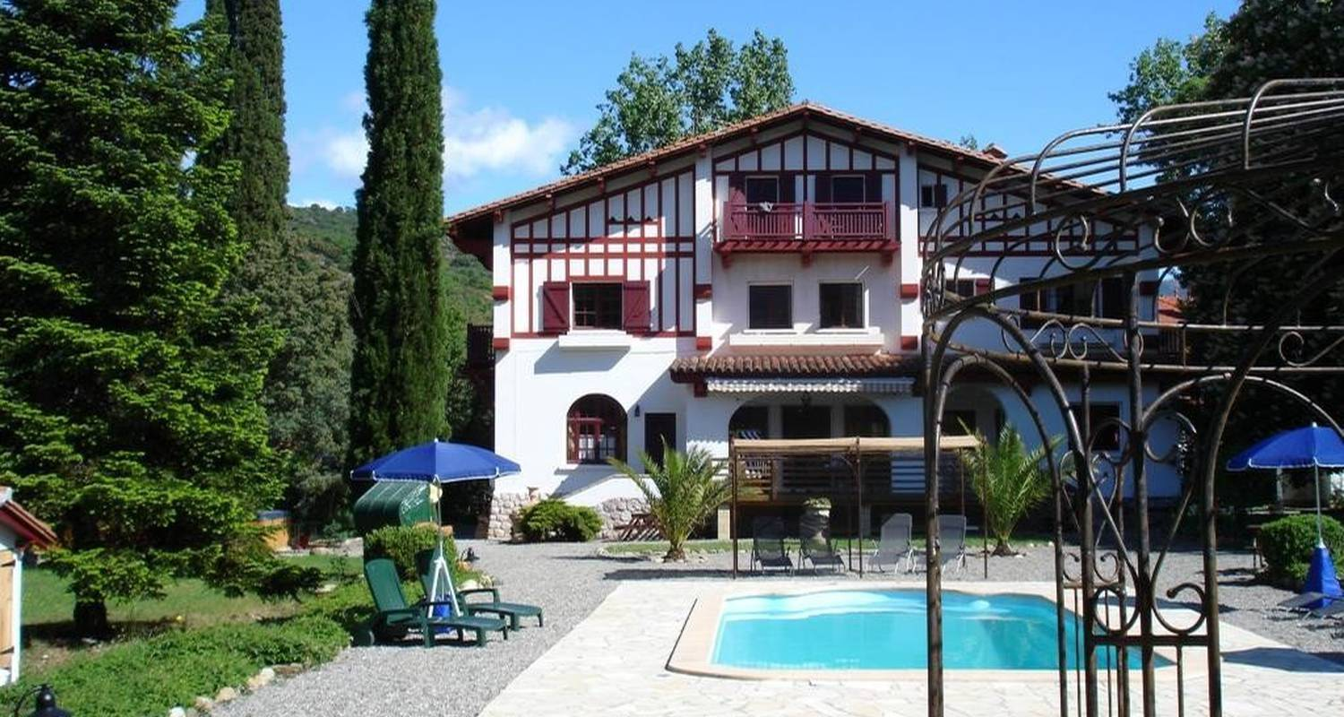 Bed & breakfast: villa du parc in prades (99968)