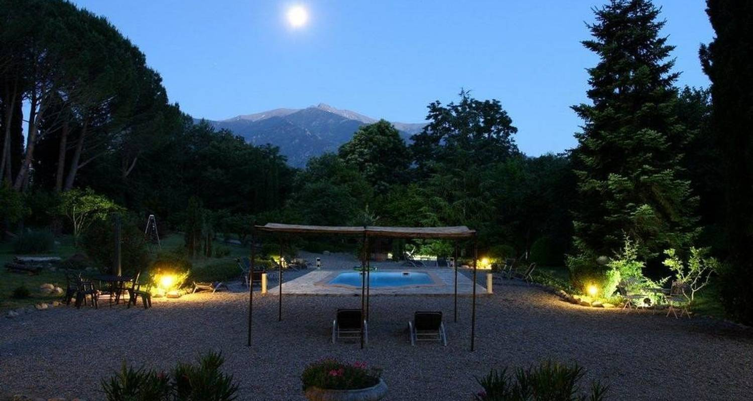 Bed & breakfast: villa du parc in prades (99969)
