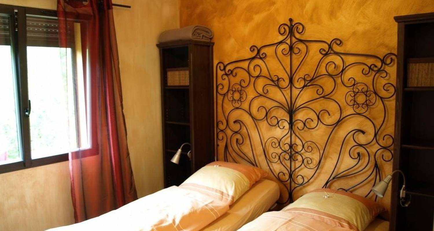 Furnished accommodation: villa du parc in prades (99972)