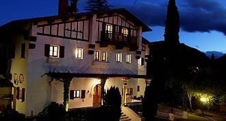Furnished accommodation: villa du parc in prades (99975)