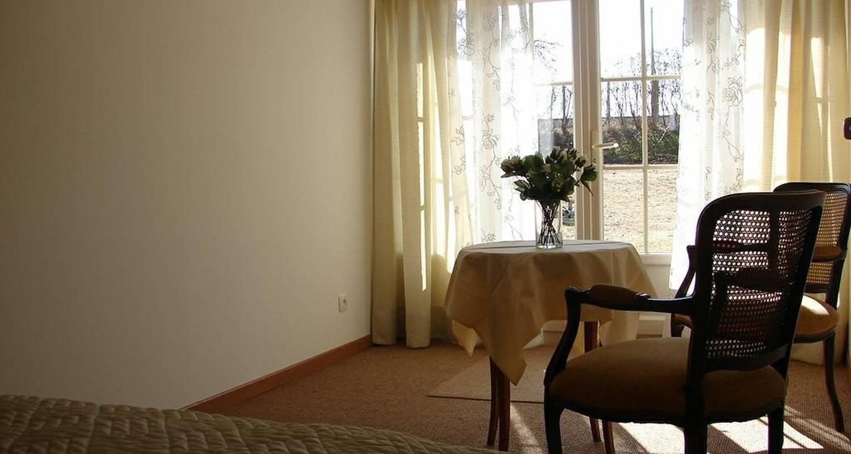 Chambre d'hôtes: villa orangère à bonneuil-matours (100001)