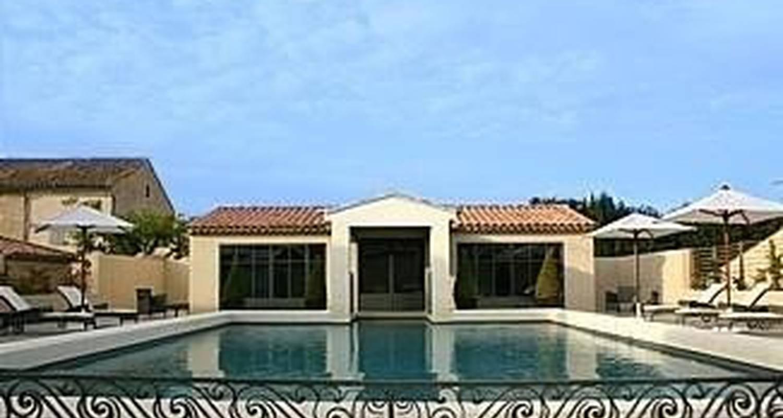 Furnished accommodation: la maison de françoise in saint-rémy-de-provence (100135)