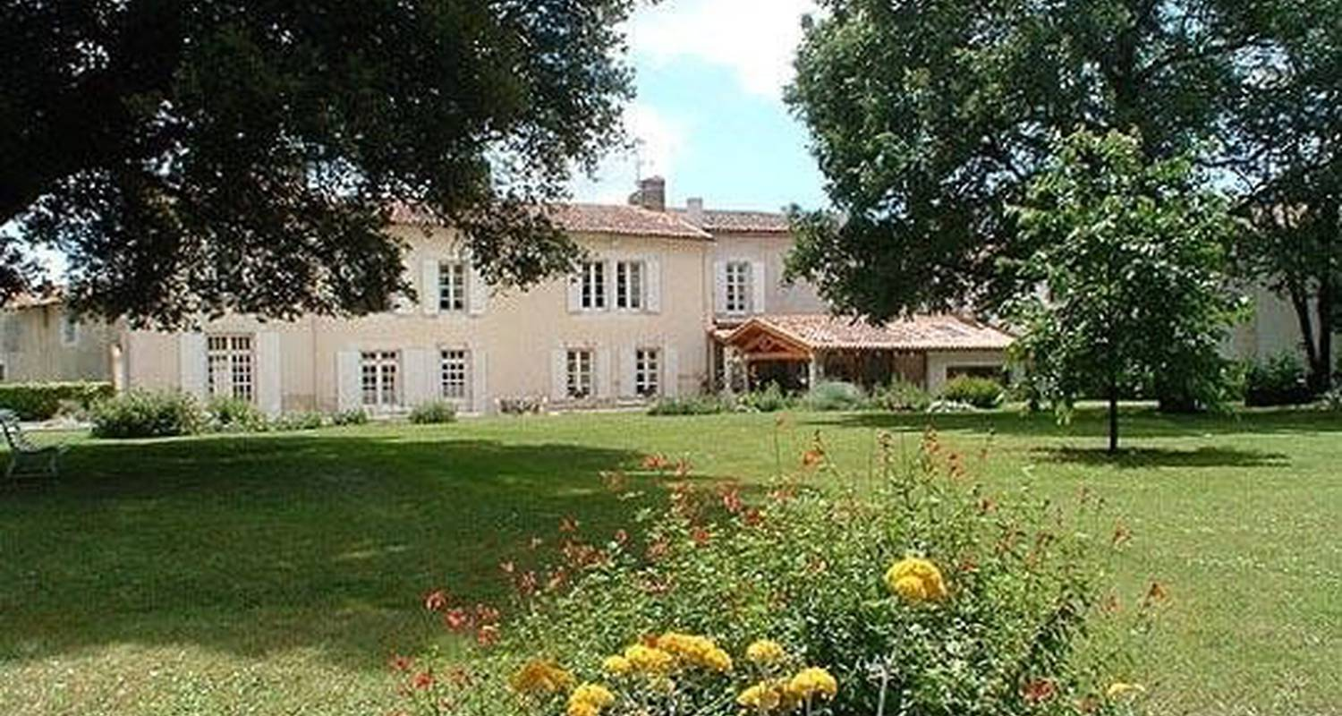 Bed & breakfast: le clos de la garenne in puyravault (100280)