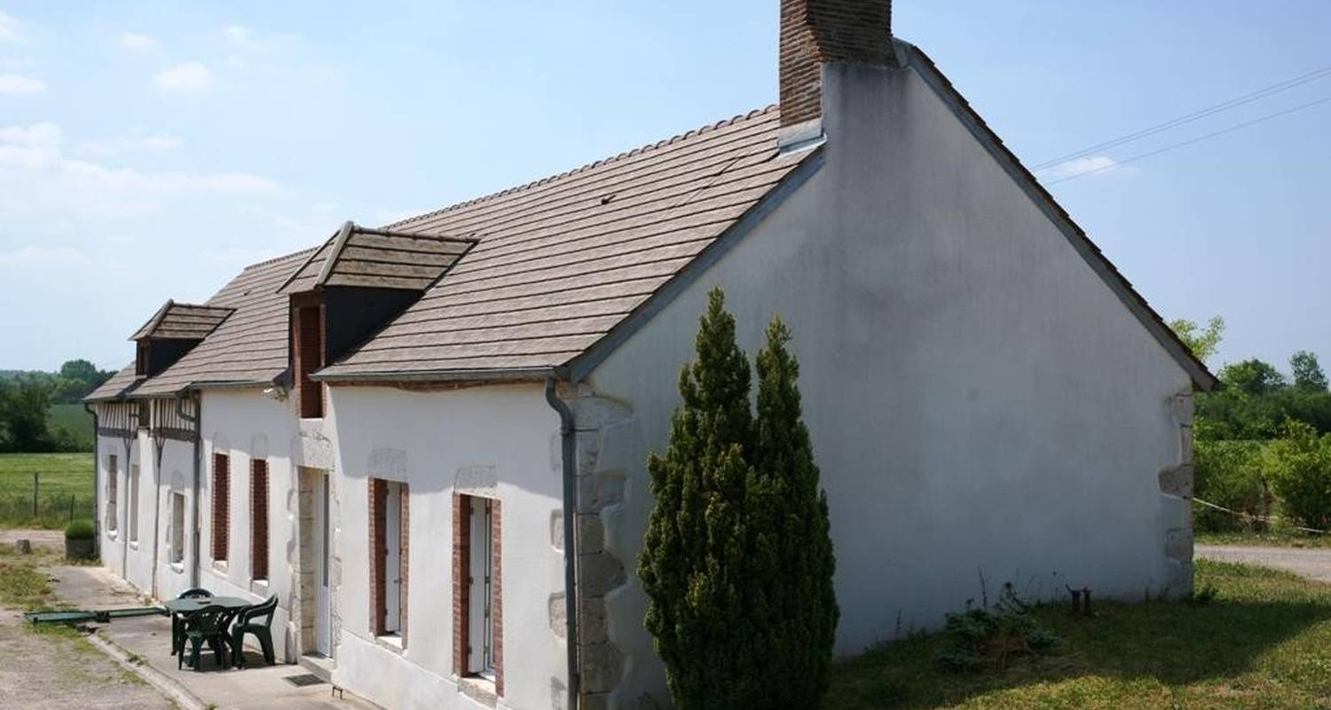 Furnished accommodation: gite de la vigne in briare (100328)