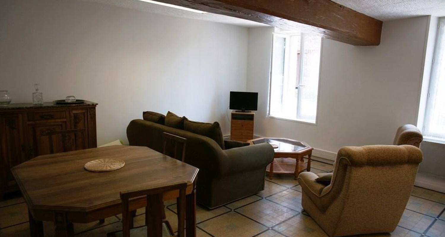 Furnished accommodation: gite de la vigne in briare (100331)