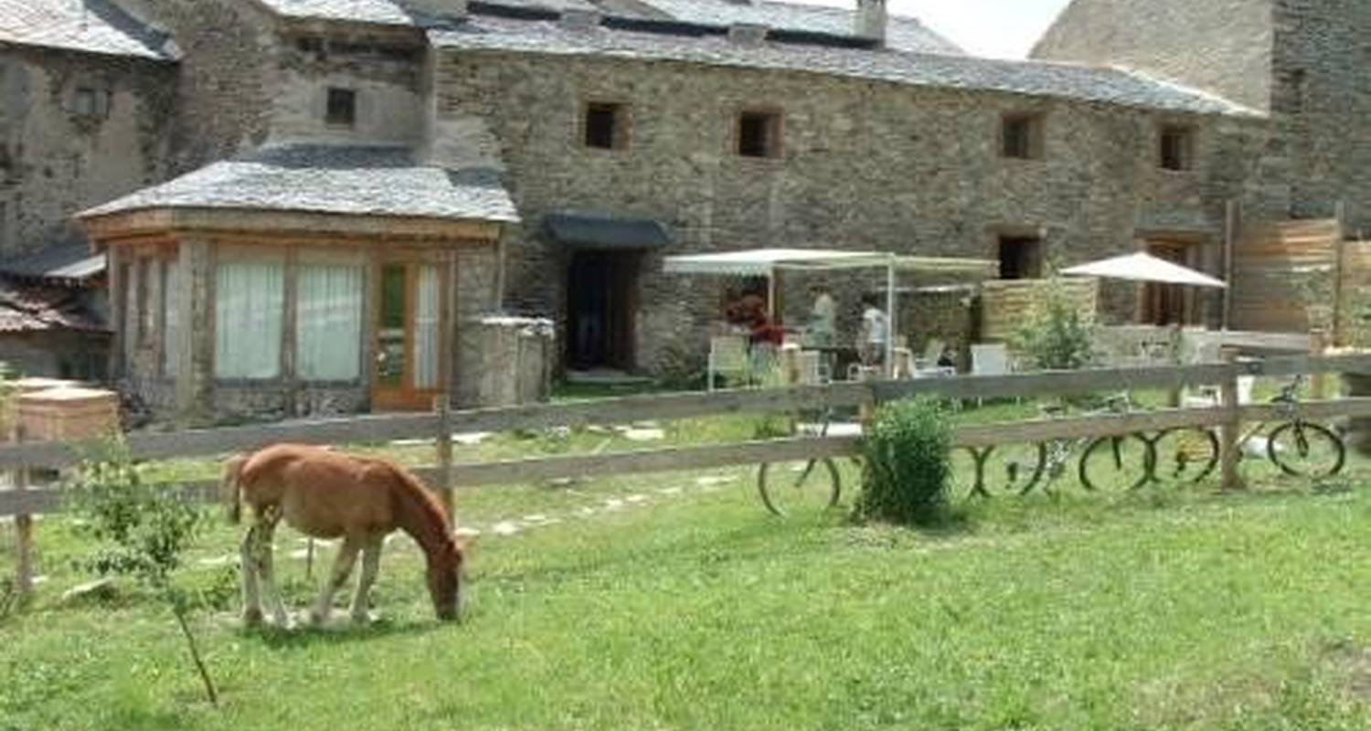 Furnished accommodation: l'eterlou in égat (100550)