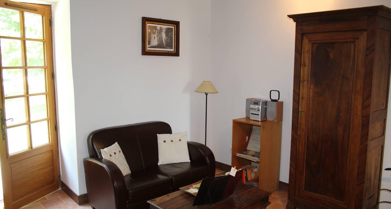 Habitación de huéspedes: les chambres de bonneval en fossemagne (100622)