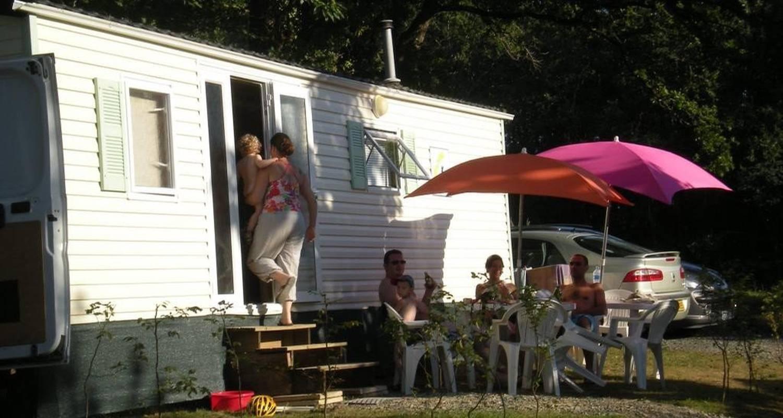 Espacios del campamento: camping du coucou en hautefort (100959)