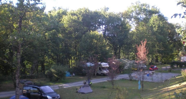Espacios del campamento: camping du coucou en hautefort (100960)