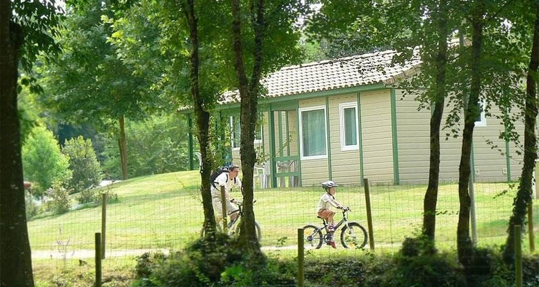 Furnished accommodation: le moulin de surier in beaumont-du-périgord (100984)