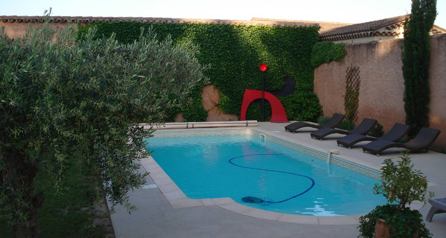 Bed & breakfast: clos des buy in jonquerettes (120392)