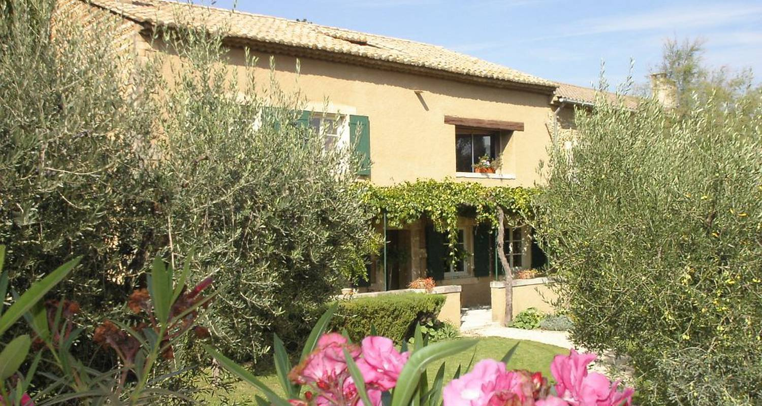 Bed & breakfast: clos des buy in jonquerettes (101167)