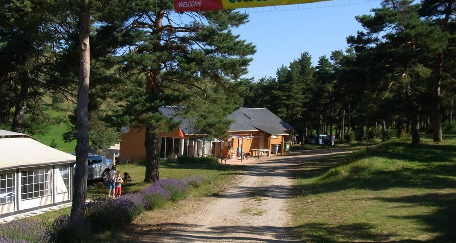 Camping pitches: camping cassaduc in saint-georges-de-lévéjac (101563)
