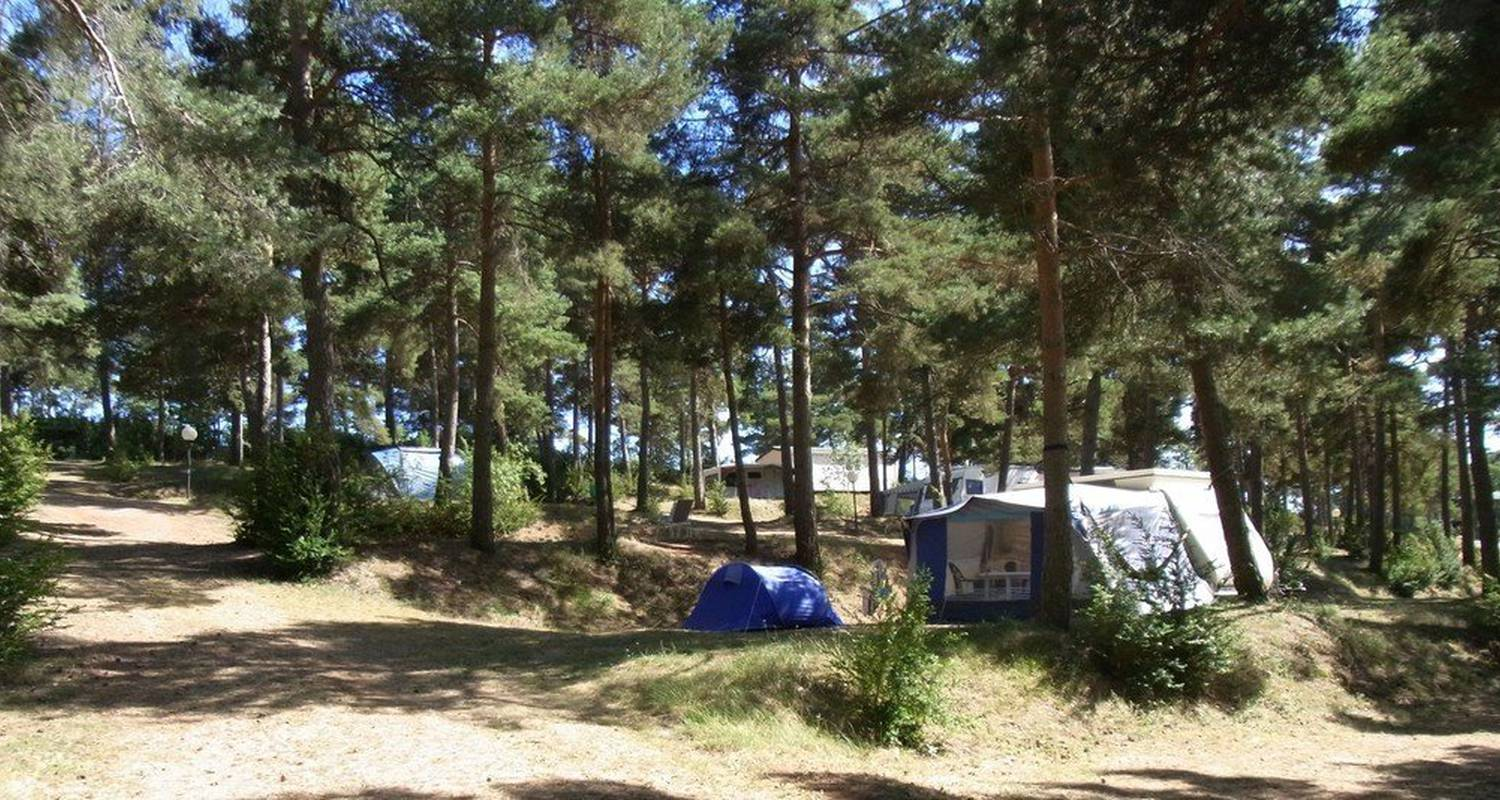 Camping pitches: camping cassaduc in saint-georges-de-lévéjac (101564)