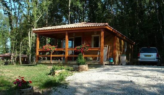 Camping De La Besse