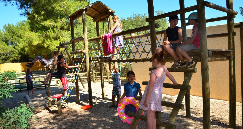 Emplacements de camping: sites & paysages le mas du padre à balaruc-les-bains (102093)