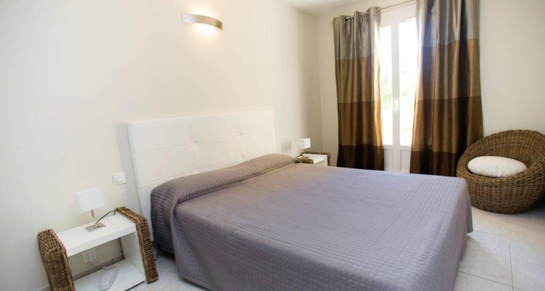 Hotel: hôtel cesario in calvi (102232)