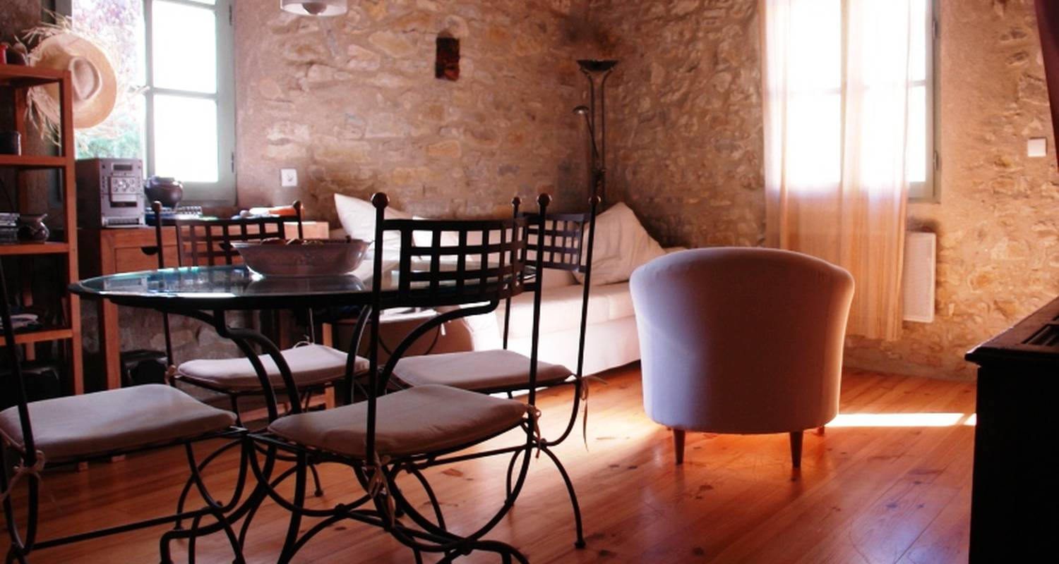 Bed & breakfast: mi-rené in lagarde (102498)