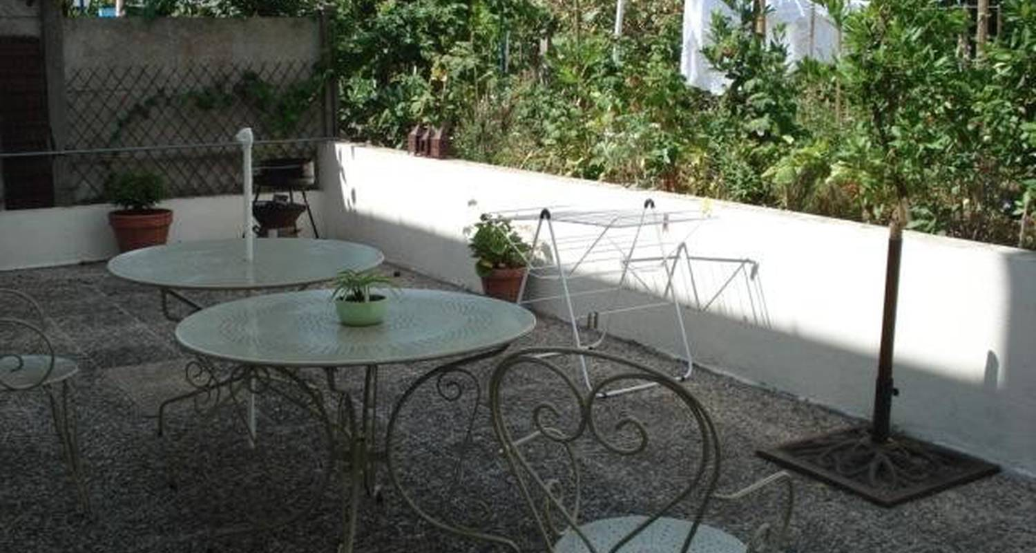 Furnished accommodation: gite-urbain-angers in angers (102594)