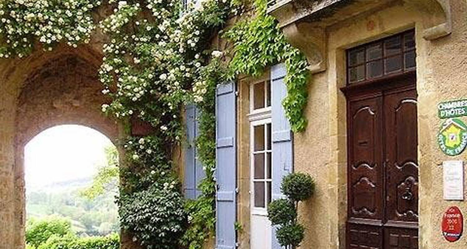 Bed & breakfast: maison la porte fortifiée in montesquiou (102727)