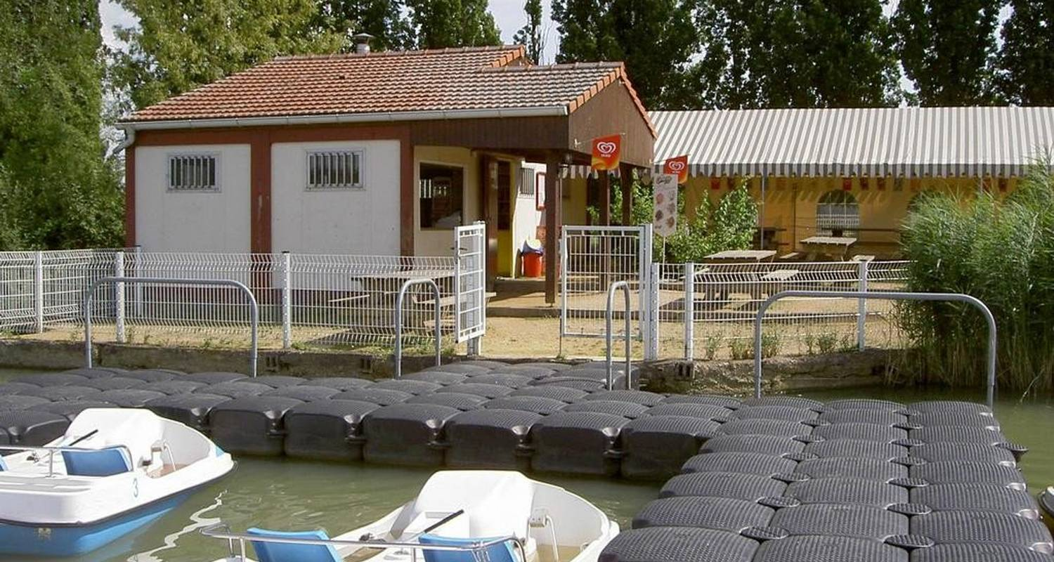 Camping pitches: camping centre de loisirs in volstroff (102932)