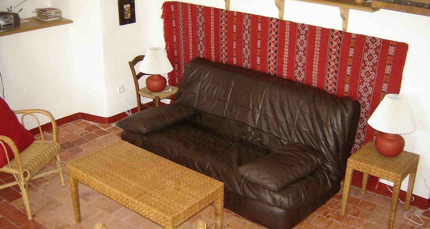 Furnished accommodation: appartement plein sud  in nyons (103322)