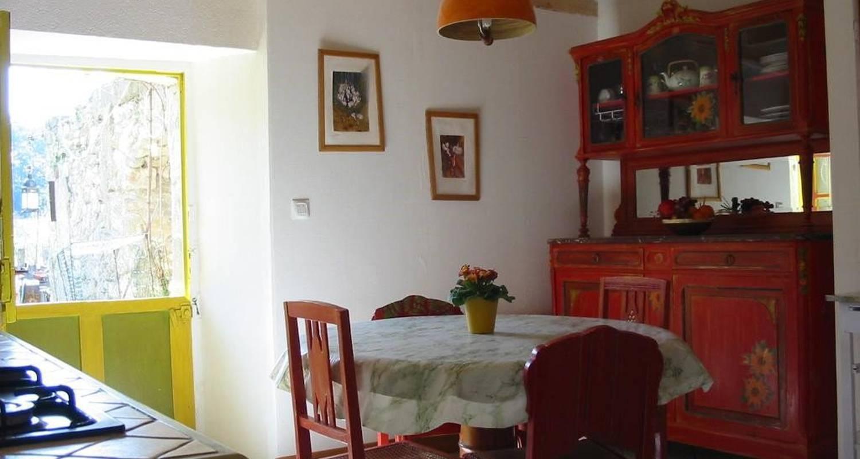 Amueblado: logis des vendangeurs en caunette-sur-lauquet (103466)