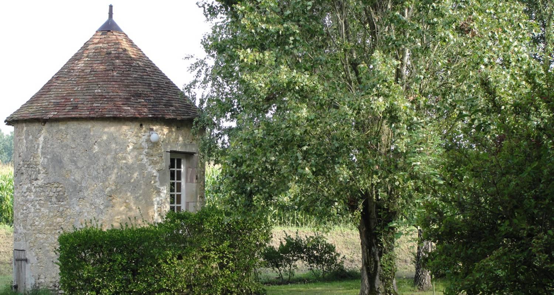 Chambre d'hôtes: la grande maison à saint-fulgent-des-ormes (131502)