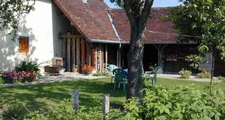 Gîte: gite du val d'amour à chissey-sur-loue (103810)