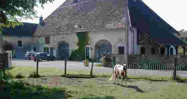 Gîte: gite du val d'amour à chissey-sur-loue (103811)