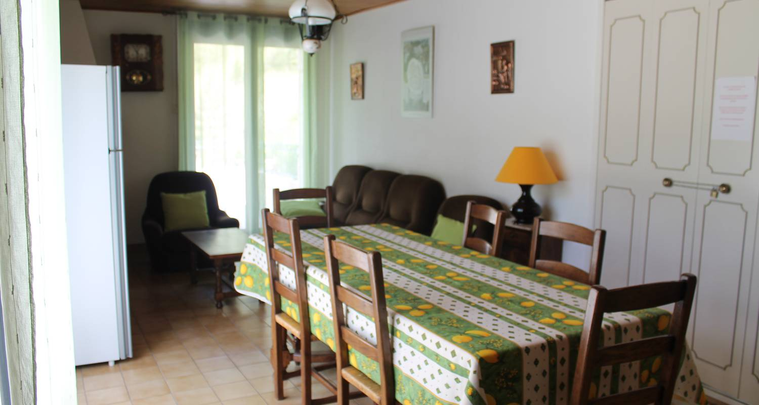 Furnished accommodation: le vignot in sainte-enimie (121165)