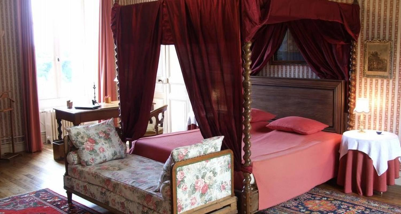 Bed & breakfast: château de la ville-huë in guer (104824)