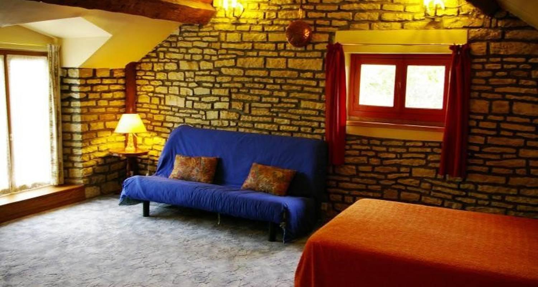 Furnished accommodation: gite chez jo  in longchamp-sur-aujon (104907)
