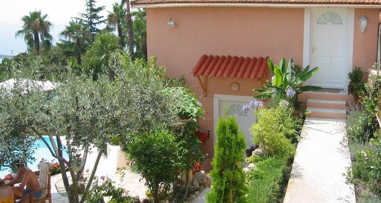 Habitación de huéspedes: maison louijane en vallauris (104908)