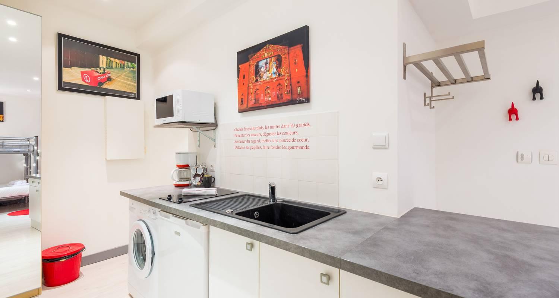 Furnished accommodation: la grande cote in lyon (125055)