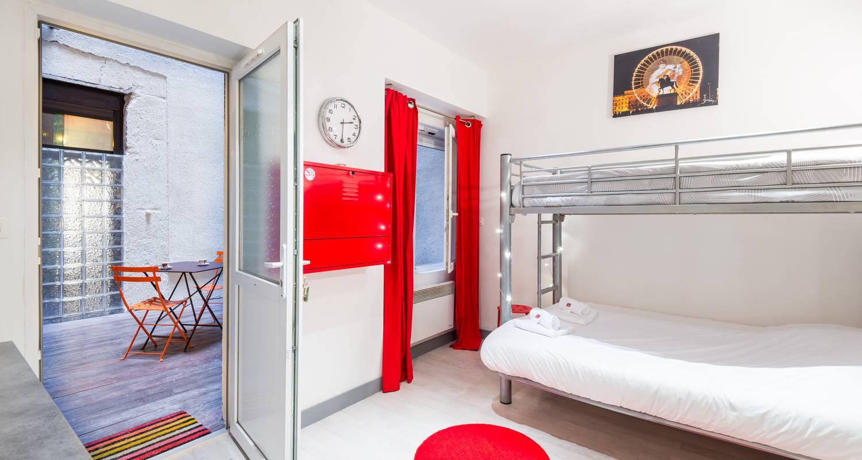 Furnished accommodation: la grande cote in lyon (125060)