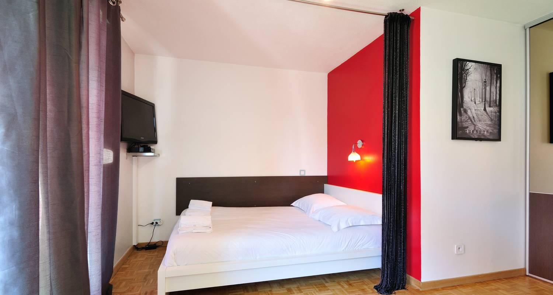 Furnished accommodation: la halle in lyon (125042)