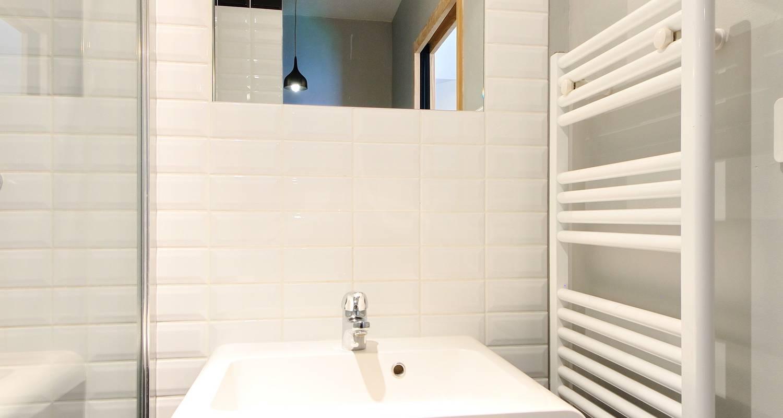 Furnished accommodation: la halle in lyon (125044)